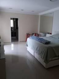 Vendo Casa Duplex no Condomínio Residencial Tiradentes / 4 suítes / semi mobiliada