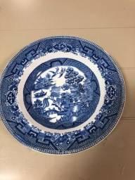 Prato porcelana inglesa Hughesason