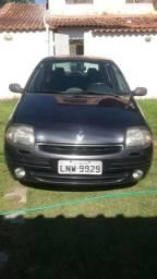Clio Sedan 1.0 16v 2002 completo - 2002