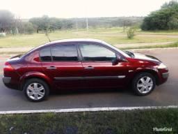 Vendo carro megane sedã - 2007