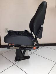 Poltrona/ banco/assento