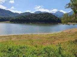Chácara com acesso a represa do Capivari