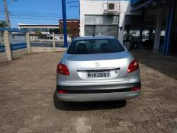 Vendo automóvel Peugeot 207