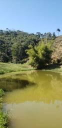 Sítio de 16 hectares