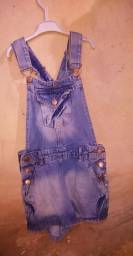 Macacão jeans, tamanho (36)