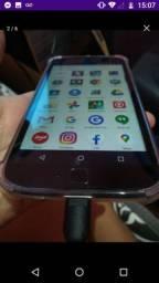 Vendo um celular moto G4 plus 32 gb 3 memória RAM celular bem novinho