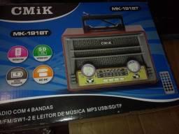 Rádio  MP3 a luz ou pilhas