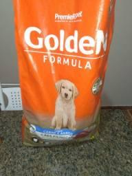 Vende se um saco de ração Golden