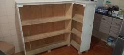Balcão de madeira top espaçoso
