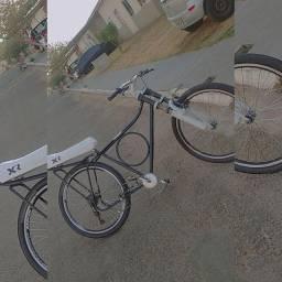 Vende-se bike rebaixada tudo zero lavo todo dia bike muito zera por 600
