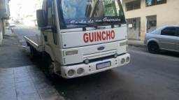 Ford cargo 712 2009 guincho