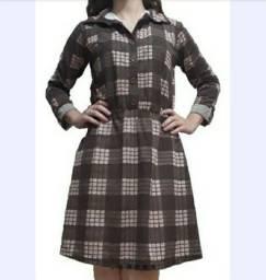 Vestido curto com mangas 3/4 estampa xadrezada M