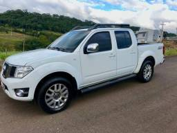 Nissan Frontier LE AT ANO 13/14