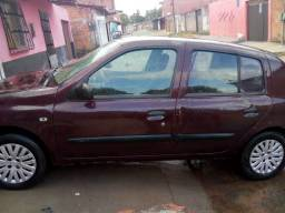 Clio hatch 2006