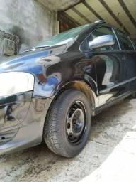 Carro de procedência quatro pneus novos banco em couro