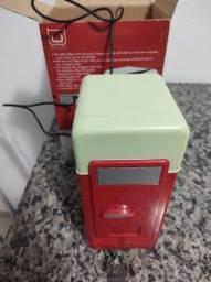 Mini geladeira USB - item decorativo