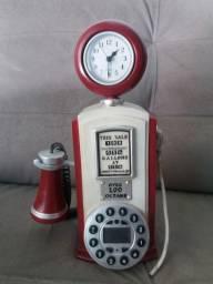 Aparelho de telefone antigo importado