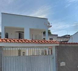 Raridade! Casa duplex com 3 suítes em Santa Catarina