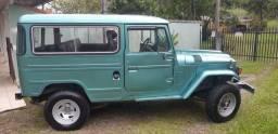 Toyota Bandeirante - Jeep Longo