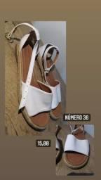 Roupas e sapatos ambos tamanho 36