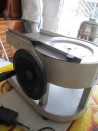 Maquina fatiadora manual