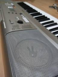 Teclado Yamaha psr e313