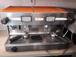 Máquina de café expresso Visacrem