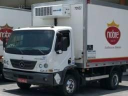 Caminhão acello 815 2015 com baú frigorífico