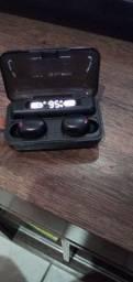 Vendo relógio inteligente e fone de ouvido sem fio original na caixa