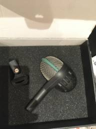 Microfone bumbo de bateria AKG D112