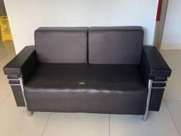 Sofá  usado, bem conversado, tenho quatro unidades do mesmo modelo