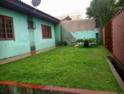 Alugo casa no Jardim Clarito