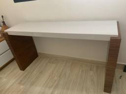Mesa de jantar 6 lugares e aparador