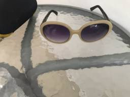 Lindo óculos  de  sol  da marca  lupa lupa