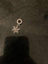 Berloque Vivara floco de neve frozen ((150$))