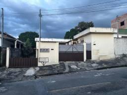 3 Casas em Betim MG