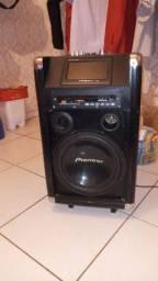 Vendo ou troco caixa de som boa pega outra caixa de som