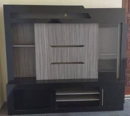 Estante com painel de TV e barzinho