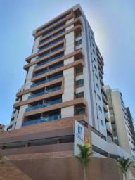 Apartamento na Ponta Verde, 03 suites