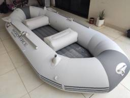 Barco inflável