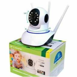 Babá eletrônica 3 Antenas Ip Wifi 360º 720p / Possui infravermelho com sensor de movimento