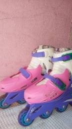 Vendo patins rosa