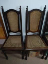 Três cadeiras de madeira imbuía perfetas