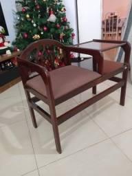 mesa com assento
