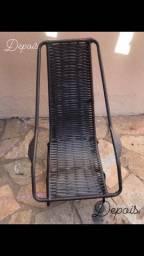 Reforma de cadeira na fibra sintética