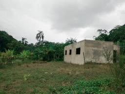 Casa com 3 dormitorios terreno com 900 metros a 1,5km da cidade de Sete Barras