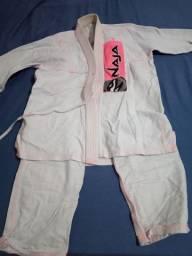 Kimonos Naja adulto  jiu jitsu feminino usado