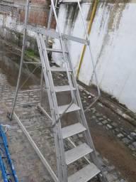 Escada alumínio com plataforma