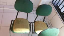Cadeiras tipo Escritório universitário $ 120,00 - Leia todo anuncio