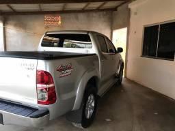 Toyota Hilux 3.0 Srv Aut - 2011
